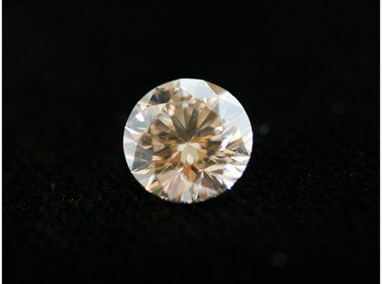 0.3ctダイアモンドのみのお持込みからのネックレスへの製作