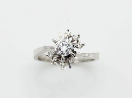 高さのあるダイヤリングを上品なリングへリフォーム